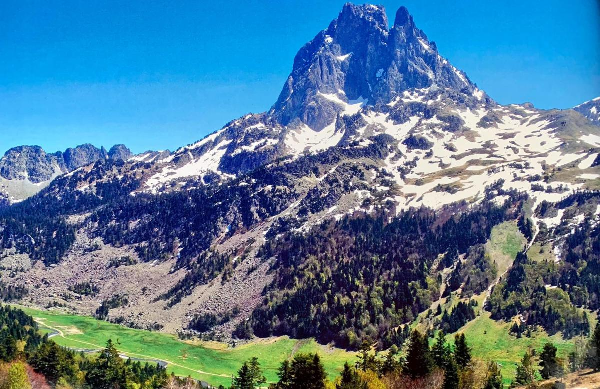 french walking tours pyrenees 2